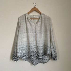 GAP White & Black Ombre Pattern Blouse Size Small